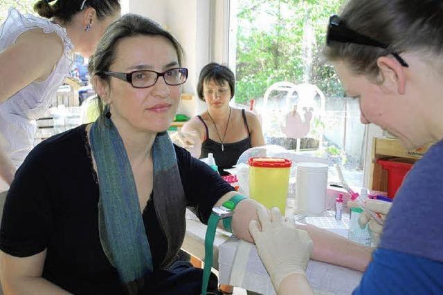 Testaktion für Knochenmarkspende: Viele wollen helfen
