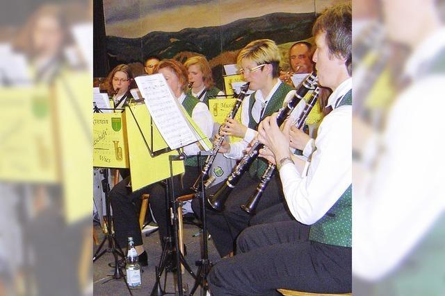 Ein Frühlingsgruß füllt den Saal mit Musikfreunden