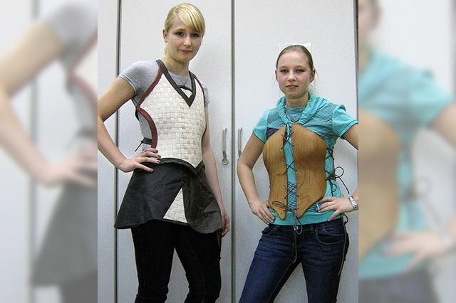 Kleidungsstücke auch aus Holz