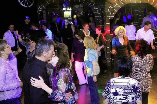 Eine Tanzparty mit deutschen Schlagern