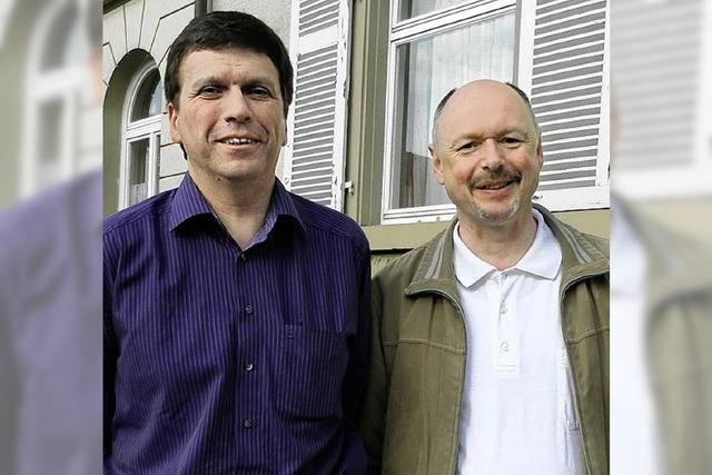 Müllheimer Pfarrer erklärend die Bedeutung der Osterfeiertage
