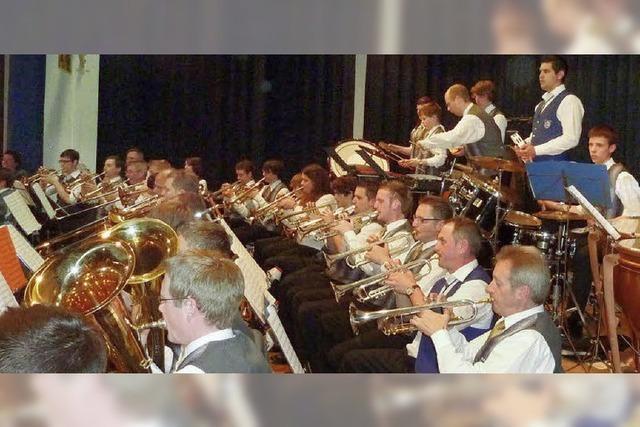 Doppelkonzert der Musik- und Feuerwehrkapelle Teningen