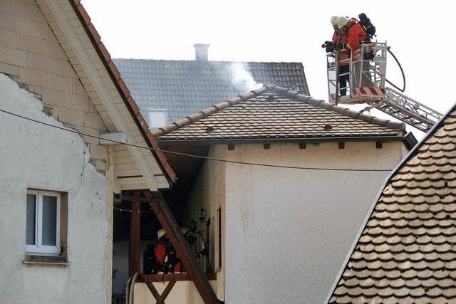 Brand bricht im Gästezimmer aus