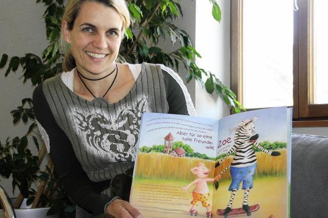 Simone Joos und ihr Kinderbuch über das Zebrafohlen Zoe