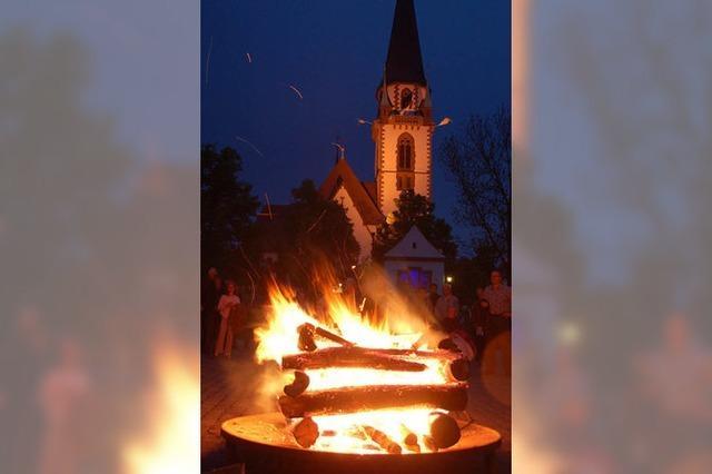 Gemeinsam wachen, beten, das Ostergeschehen feiern