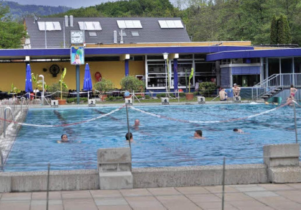 Saisoneröffnung Schwimmbad Schopfheim    Foto: Nicolai Kapitz