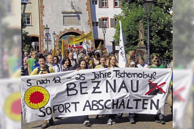 800 Menschen fordern AKW-Ausstieg