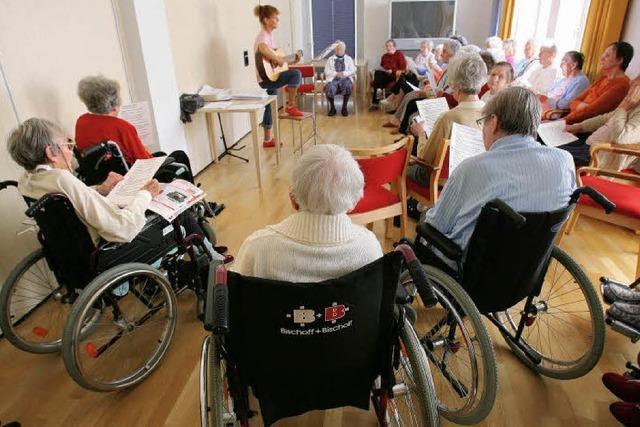 Suche nach neuen Formen der Pflege