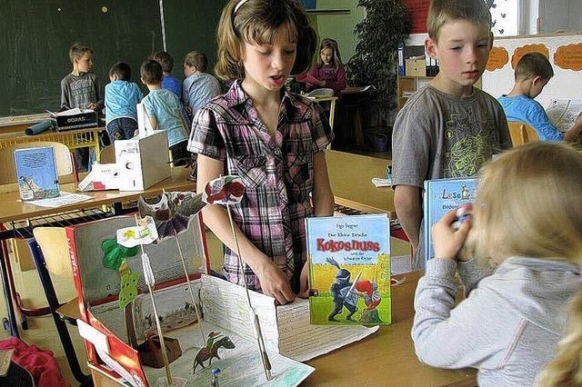 Lesen, basteln und präsentieren