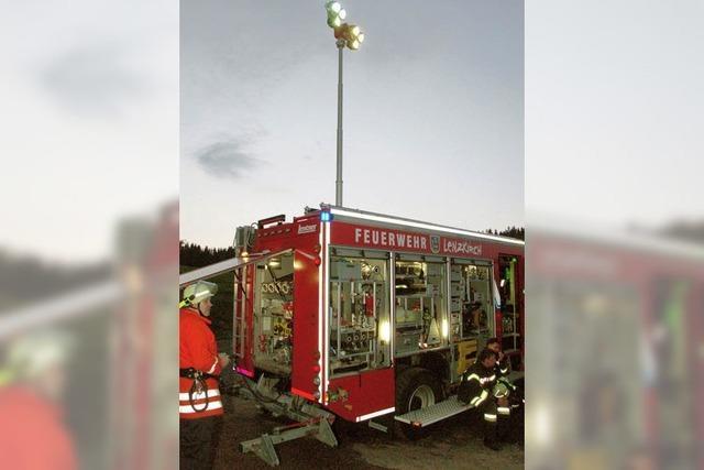 Fünf Feuerwehren üben Teamarbeit