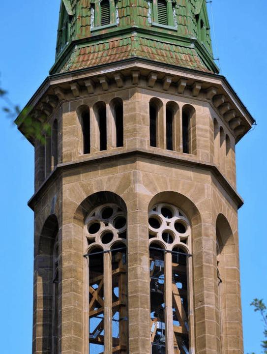Vom Turm der Christuskirche tönen wieder Glocken.   | Foto: rita Eggstein