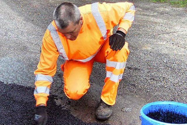 Auf den Straßen Flickarbeiten statt Sanierung
