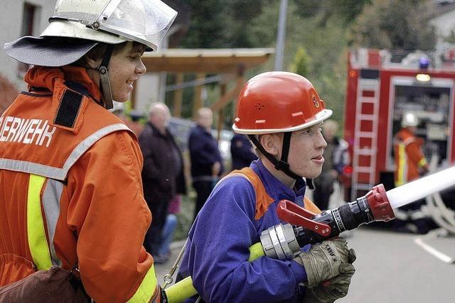 Schon mit 17 Jahren in den Dienst bei der Feuerwehr