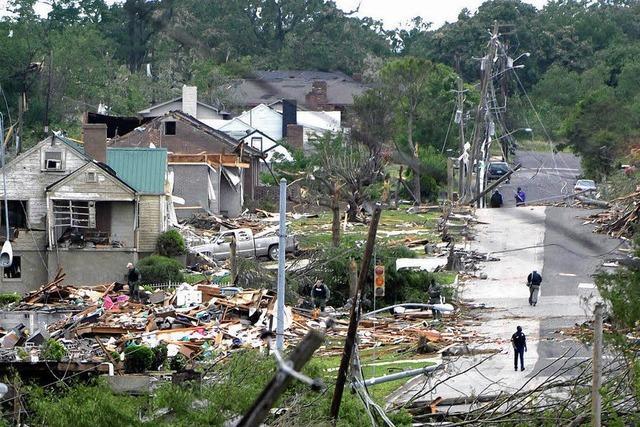 150 Tornados in den USA