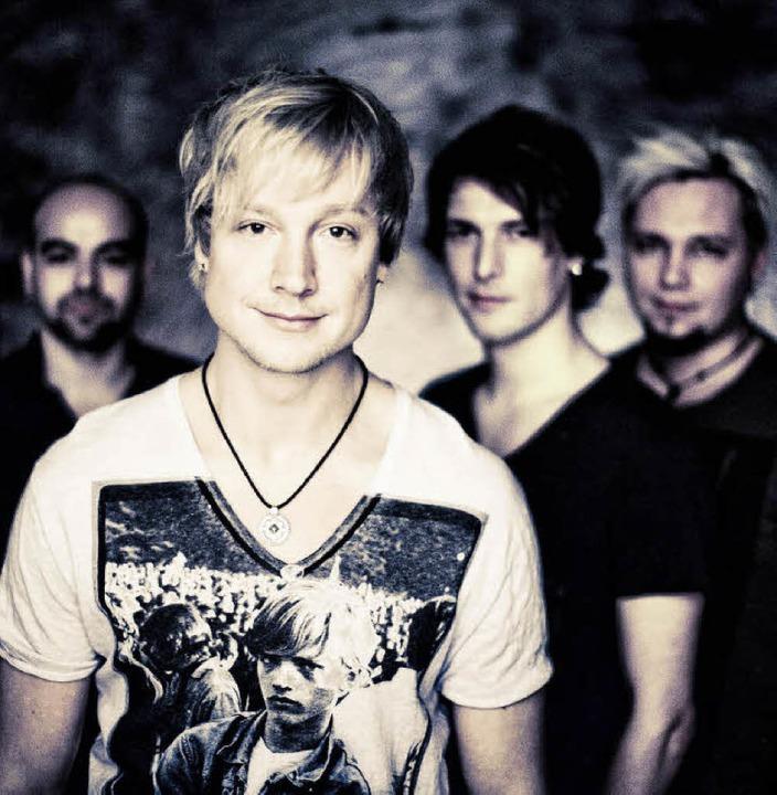 Sie tragen stillose Frisuren – s... die Band Sunrise Avenue aus Finnland   | Foto: Ville Juurikkala