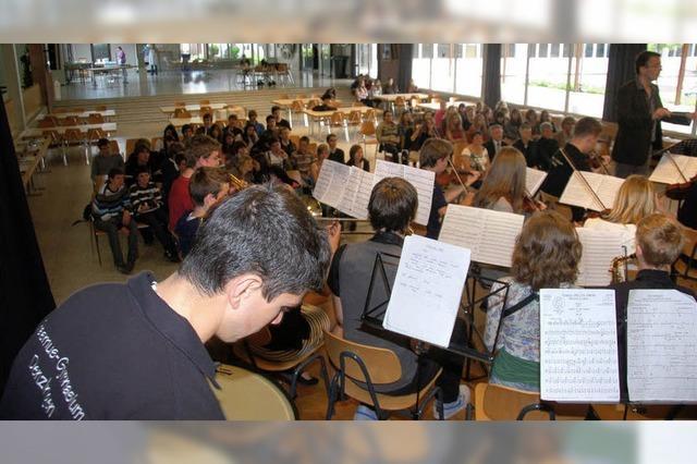 Großer Bahnhof für junge Katalanen