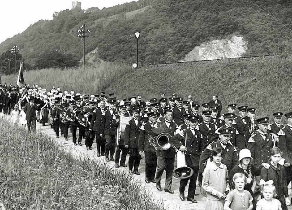 Die Waldkircher Stadtmusik auf der Str...eg,  vermutlich in den 1920er Jahren.     Foto: Archiv Florian Ücker