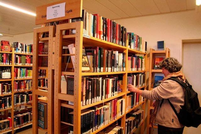 Die öffentliche Bibliothek ist gut besucht