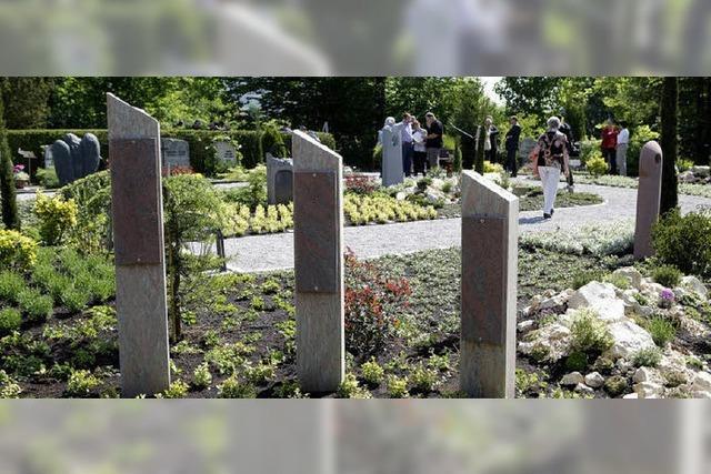 Auf dem Bergfriedhof ein neuer Ort zum Trauern