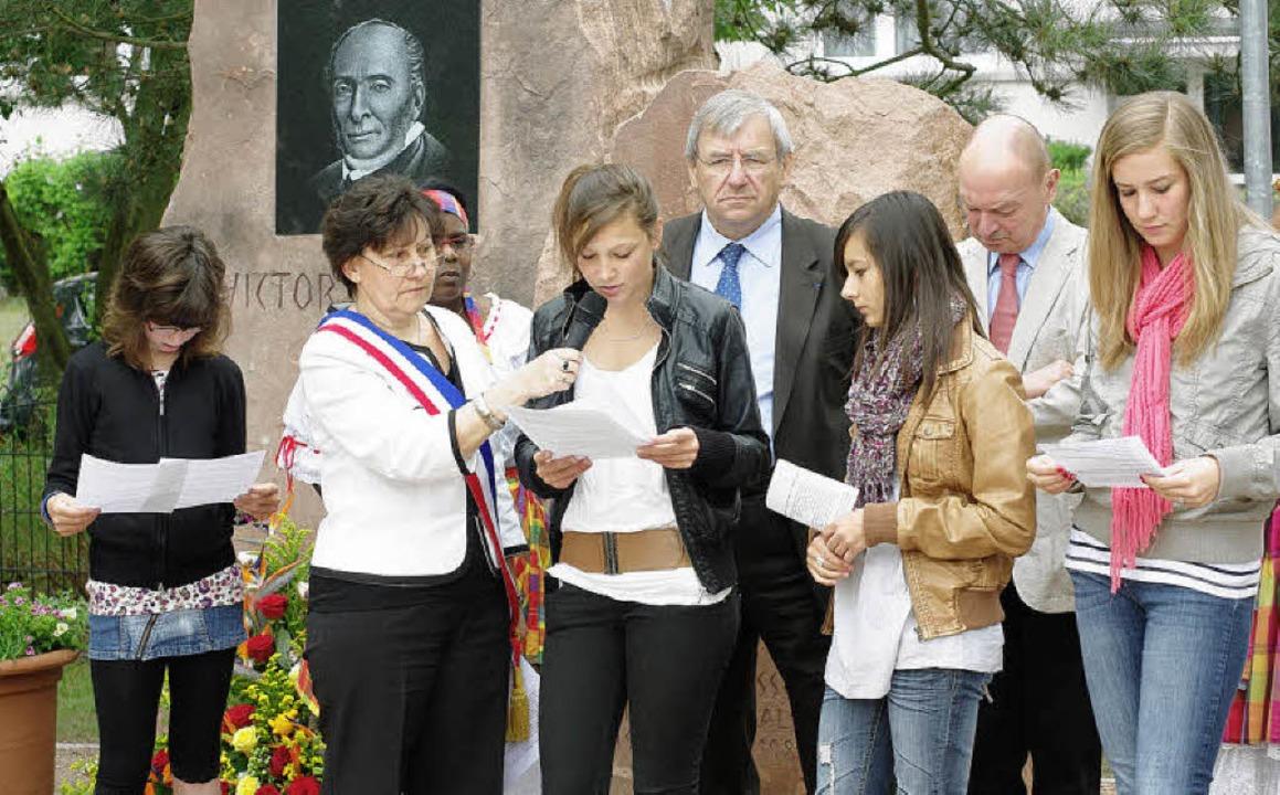 An der Zeremonie in Fessenheim nahmen ...glieder des Jugendgemeinderates teil.     Foto: Hans Christof Wagner