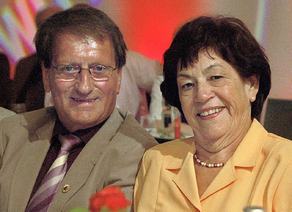 Ganz eng mit dem SV verbunden: Anni und Elmar Kloos.   | Foto: tanja Bury
