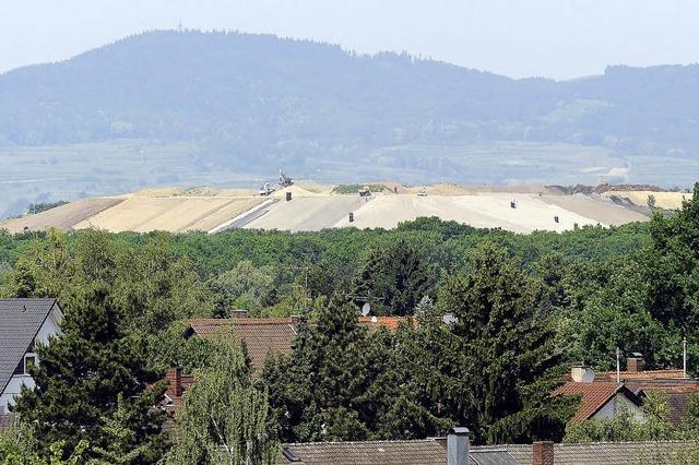 Auf einer ehemaligen Deponie soll eine große Solaranlage entstehen