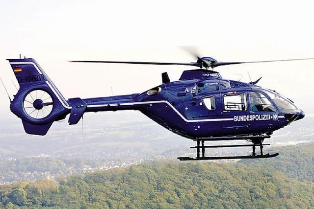 Hubschrauber gegen Steinewerfer