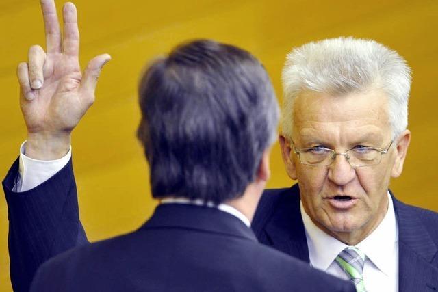 Winfried Kretschmann zum ersten grünen Ministerpräsidenten gewählt