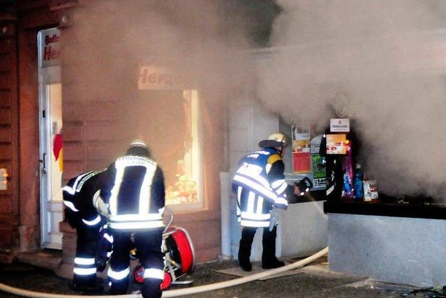 Brand in Internetcafe in Lahr