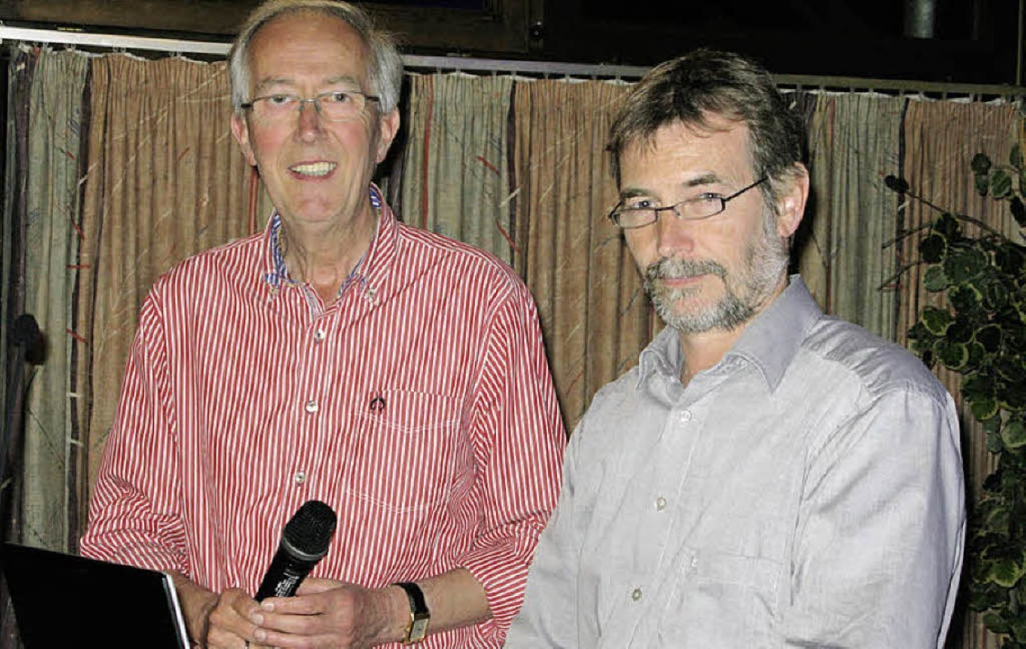 Moderator Martin Richter (links)  und ...t Christian Küppers vom Öko-Institut.   | Foto: Philipp