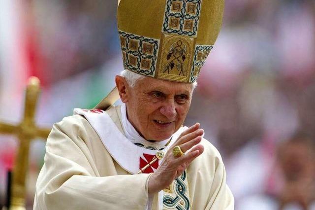 Bombensuche vor dem Papstbesuch