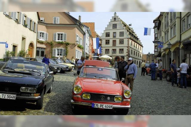 Peugeot-Fans auf Tour