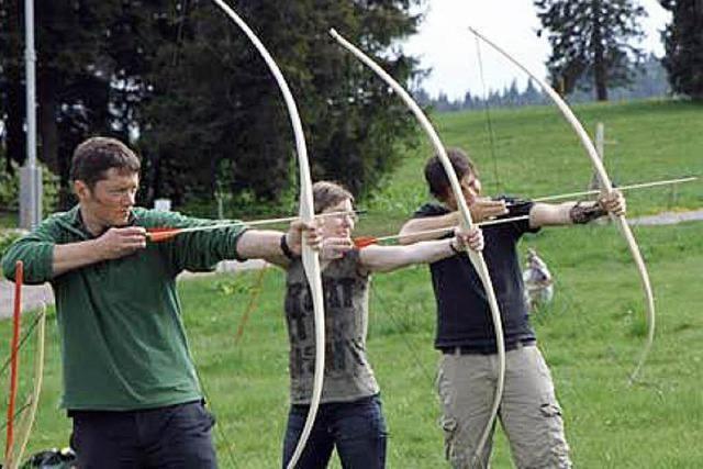 Sägen, Raspeln und Schleifen für einen guten Bogen