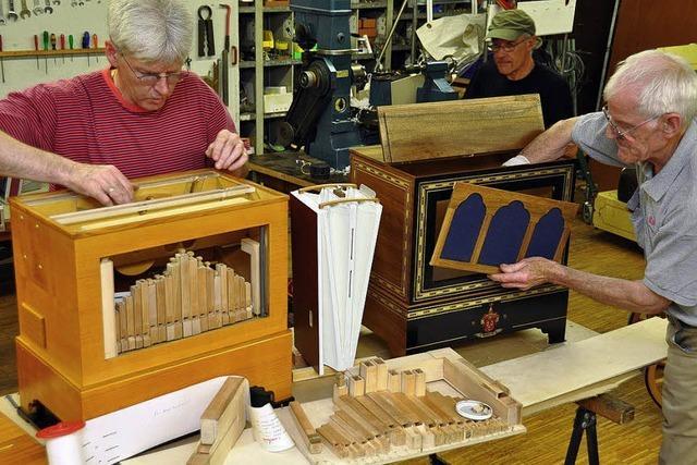 Drei Waldkircher bauen eigene Drehorgel