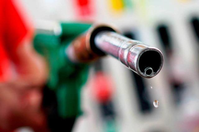 Die Deutschen und der Sprit: Wo die Benzinwut komisch wirkt