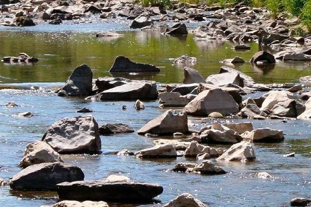Aus Flüssen kein Wasser entnehmen!