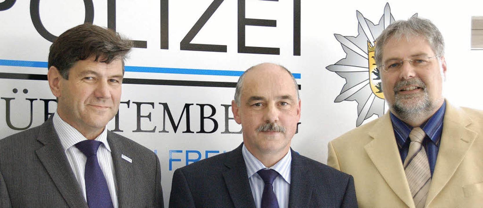 Informierten über den Stand der Ermitt... und Oberstaatsanwalt Michael Mächtel   | Foto: Gallien