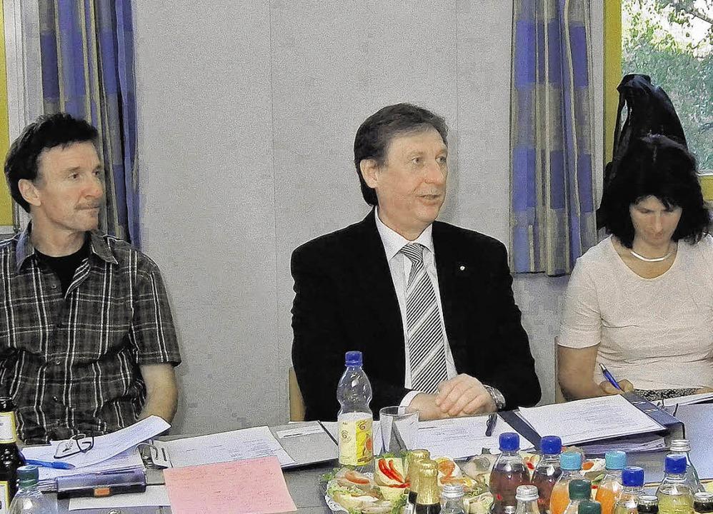 Positiv gestimmt:  Thomas Sutter, Bern...fel und Carmen Grieshaber (von links)     Foto: BZ