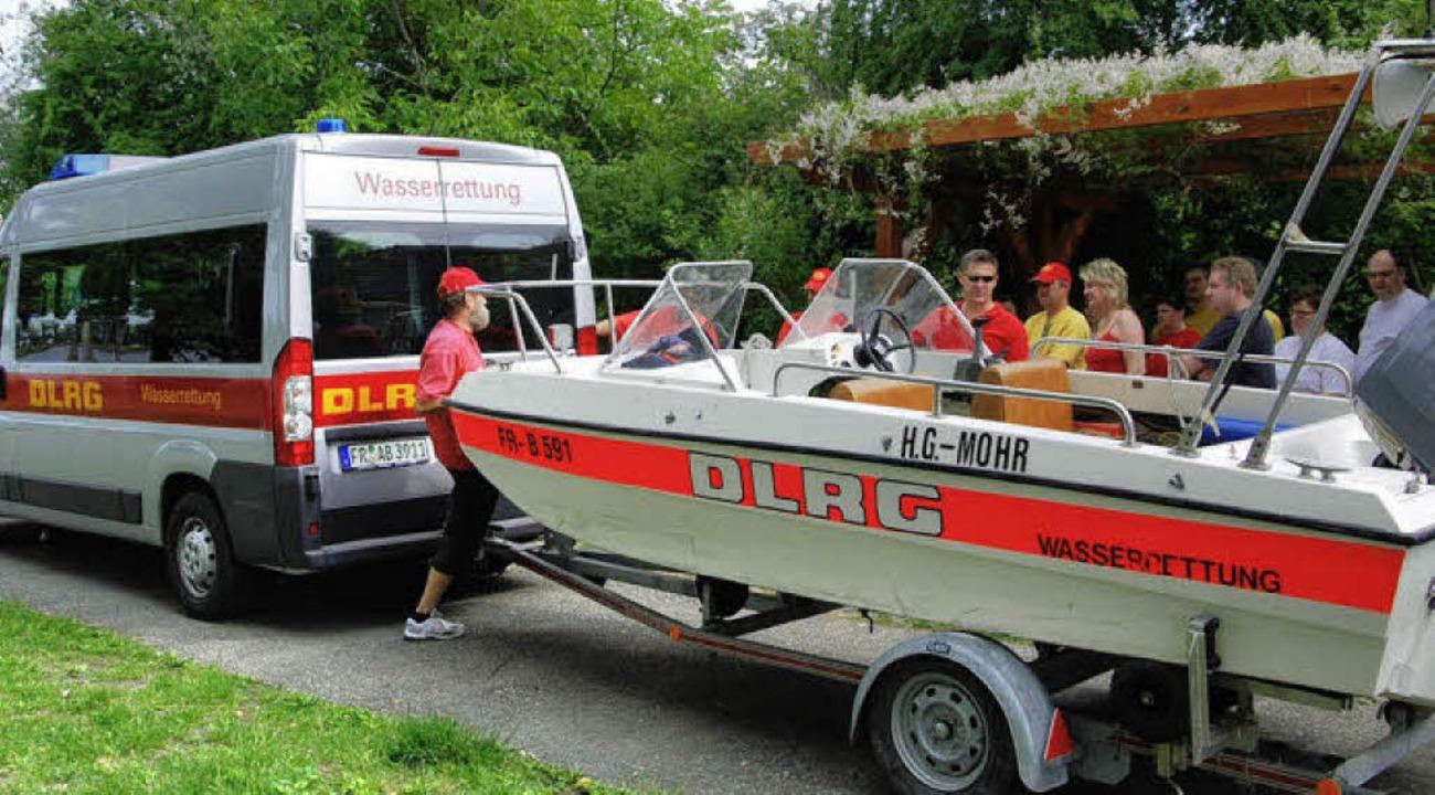 Bei der Sommerübung erprobten die DLRG...lieder auch das neue Einsatzfahrzeug.     Foto: hans-jochen voigt