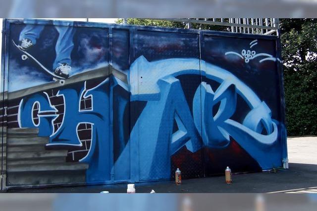 Graffiti macht Skaterplatz farbenfroh