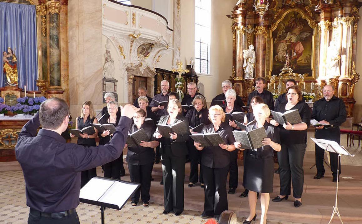 Beeindruckende Marienmusik boten der K... der Riegeler Pfarrkirche St. Martin.   | Foto: Christa Hülter-Hassler