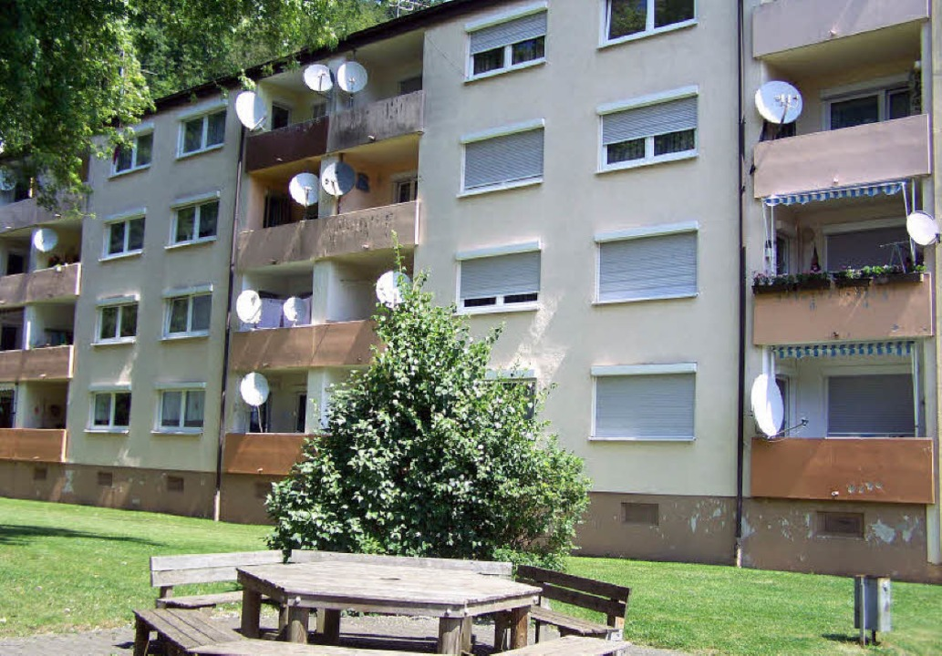 Die Gebäude an der Emmendinger Straße ...st werden nach und nach modernisiert.     Foto: Duscha