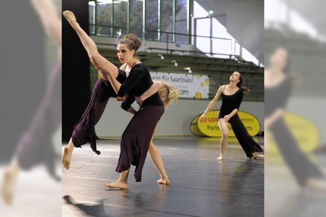 Junge Tanzgruppen messen sich