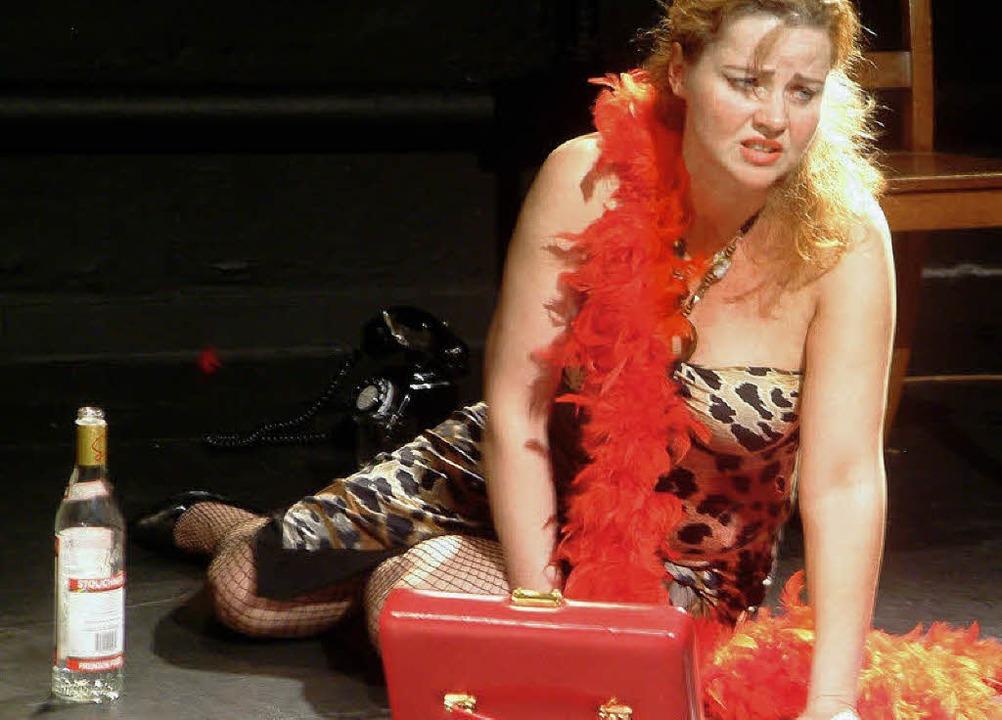Gestrandete Diva: Veronika Dostalova a...m gleichnamigen Musical von Kreisler.   | Foto: Roswitha Frey
