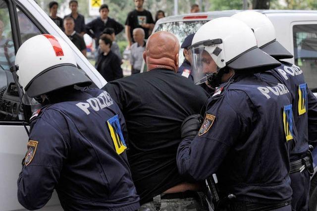 Randale in Wien: 213 Deutsche festgenommen