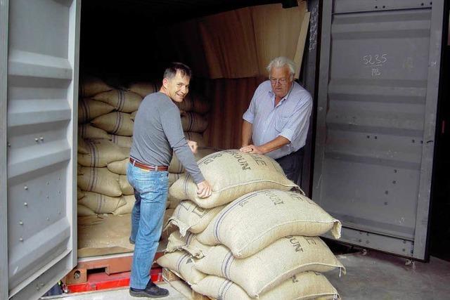 Verein handelt erfolgreich mit fairem Kaffee