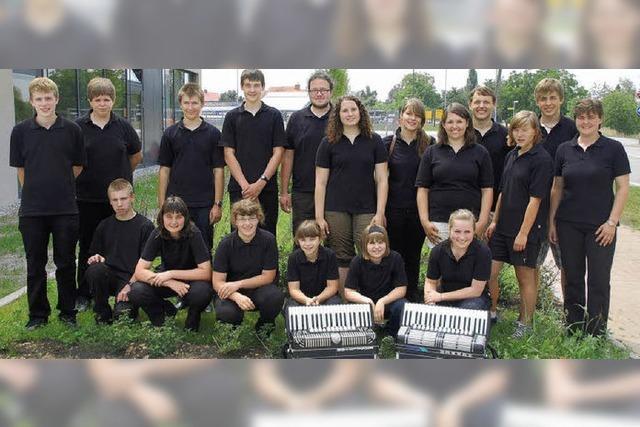 Akkordeonverband beeindruckt von Rheinhausen