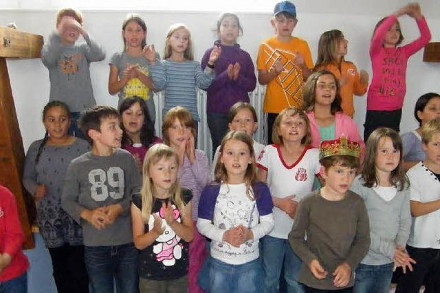 Grundschüler erobern die Theaterbühne