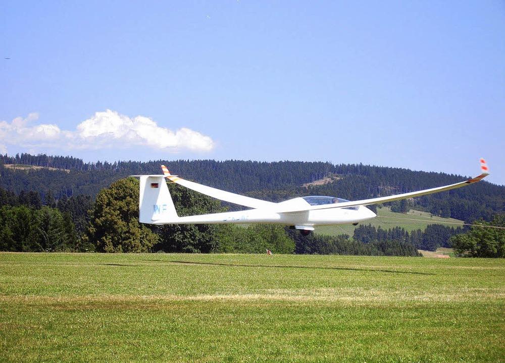 Auf gutes Flugwetter hoffen die Teilne...elflugwettbewerb in Hütten ab Samstag.  | Foto: Archivfoto: Daniela Jarusel