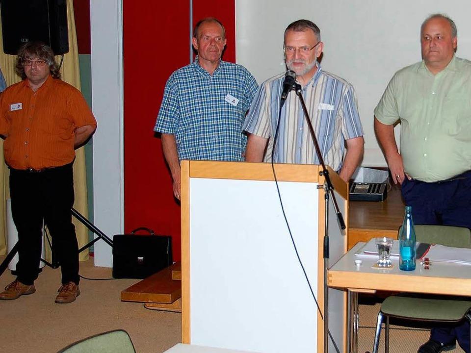 Zum Vorstand bestellt wurden (von rech...ard Thiele, Klaus Staub und Uwe Krebs.  | Foto: Ralf Morys